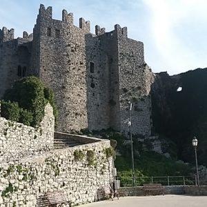 Erice, ingresso castello di Venere