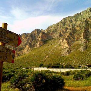 Riserva Monte Cofano a 2 km